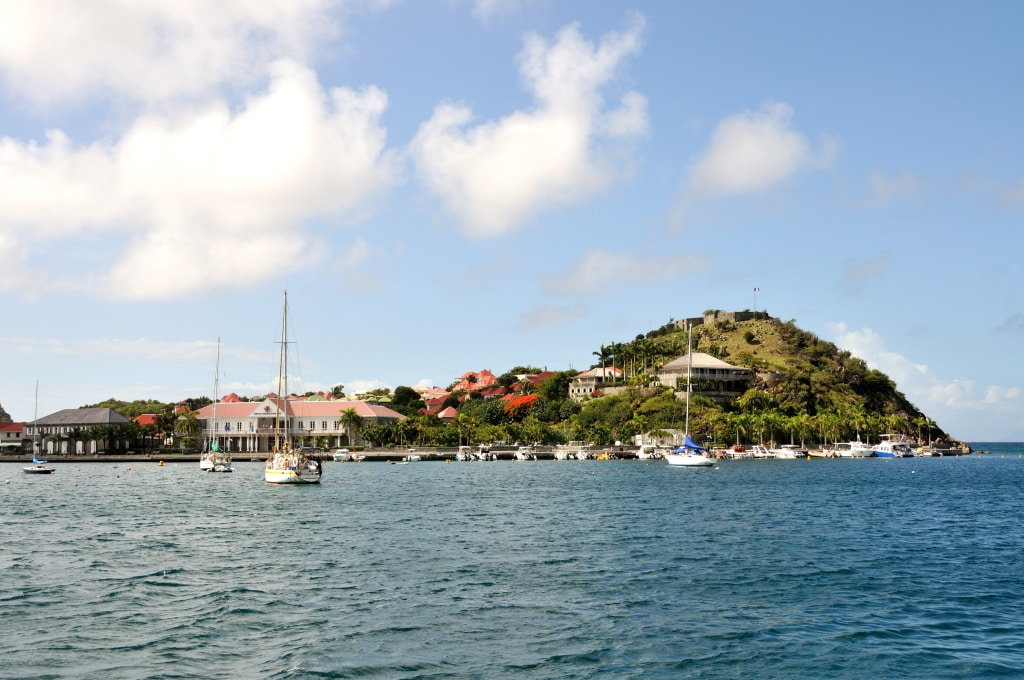 St Barts Island already far from me