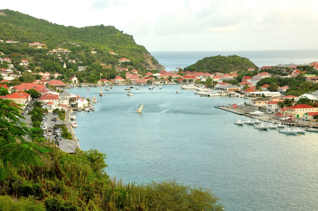 10 interest facts from Tropical Saint Barth Magazine